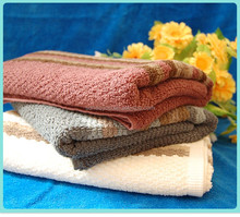 2016 Platinum five-star hotel bath towels forged three-piece cotton embroidered towel manufacturers, wholesale merchandise