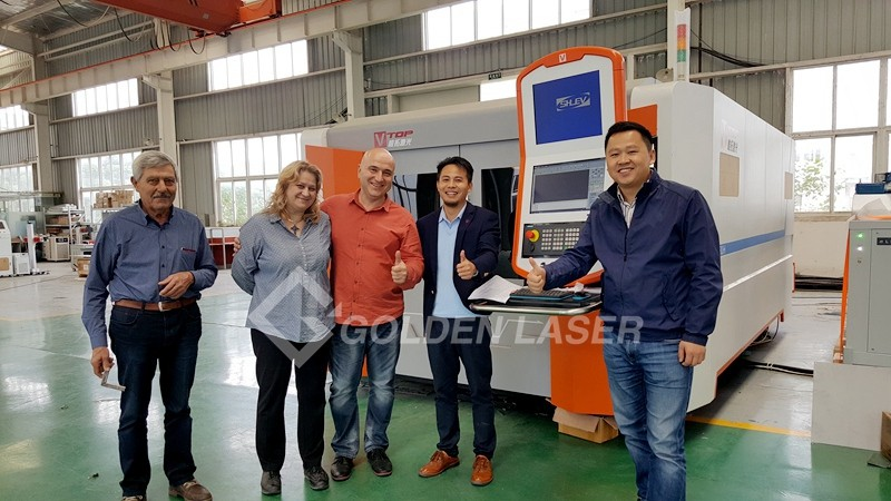 customers visit for fiber laser cutting machine