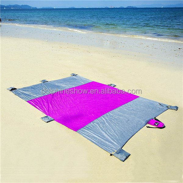Fashion 9x7ft Compact Outdoor sand proof picnic beach blanket for camping Custom LOGO Cheap parachute nylon mat beach