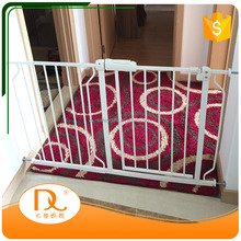 High quality retractable white metal baby safety door gate for sale
