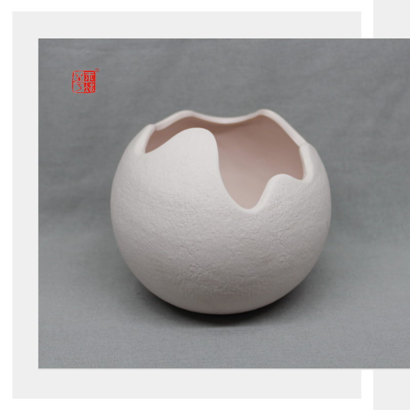 Elegant Design Circle Ceramic Flower Pot with Matte Finish