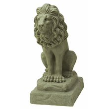 Premium Quality Handmade Latest Design Resin Lion Statue