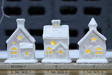 2016 newest White porcelain decoration lighted ceramic christmas house