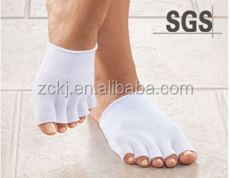 Gel toes sock for foot protect and skin care