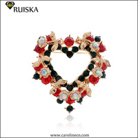 Christmas Gift Flashing Heart-shaped Brooch Flower Enamel Christmas Brooch For Sale