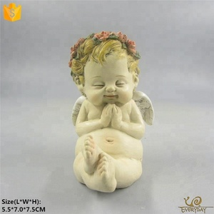 New Products Wholesale Small Male Angel Souvenir Sculpture Resin Baptism Angel Figurine for Home Decor