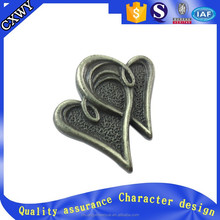 Old fashion antique heart shape dark color metal button pin badge