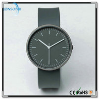 New casual mens slim q&q quartz watch models with watch box paper
