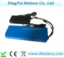 Li-ion ricaricabile E-bike/escooter Lithium ion battery pack 36 v 10ah con il caricatore 2A