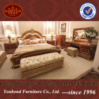 0062 European luxury classic bedroom furnitrue wooden antique crown carving bed