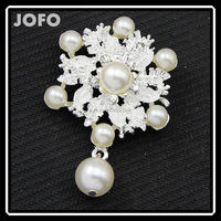 New Round With Bead Fashion Ladies Clothes Wedding Imitation Pearl Brooch DRJ0201