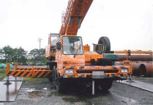 good quality used Kato NK -1000 100tons truck crane for sale