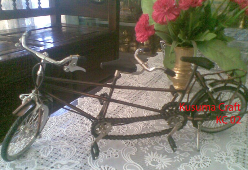 Miniature bicycle tandem Java