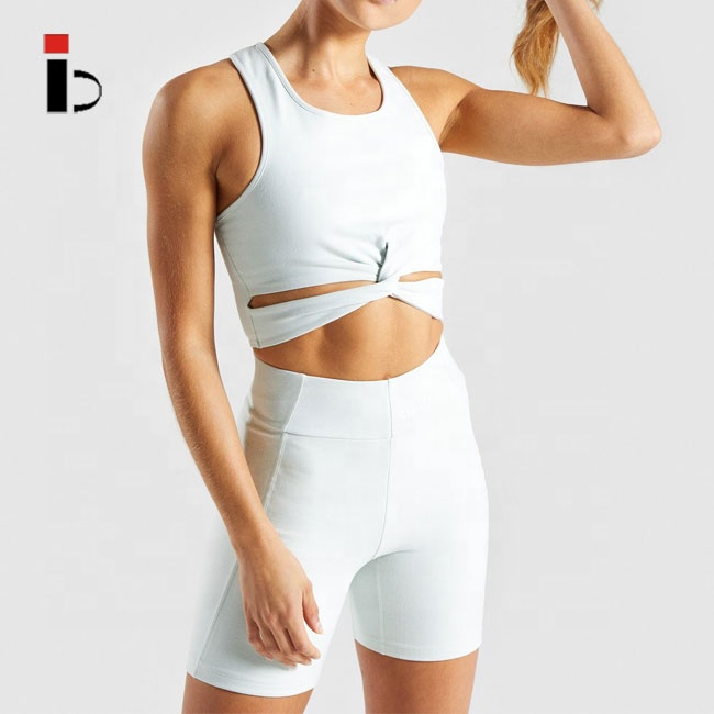 Newest gym yoga fitness crop top and shorts for <strong>woman</strong>
