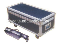 aluminum speaker flight case with tool plate and safe locks and handle