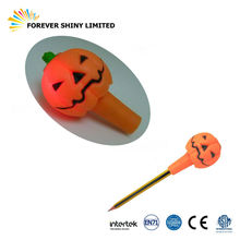 Novelty Small Capsules Toys Light LED TPR Rubber Halloween Pumpkin Pencil Toppers for Vending Machines