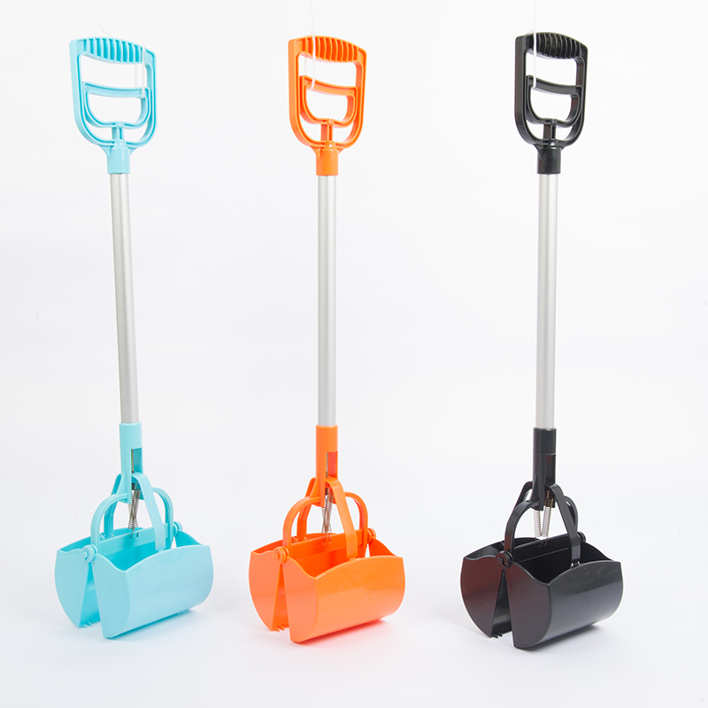 hassle-free spring action long handle pet waste pooper scooper