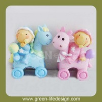 Baby shower figurines gift