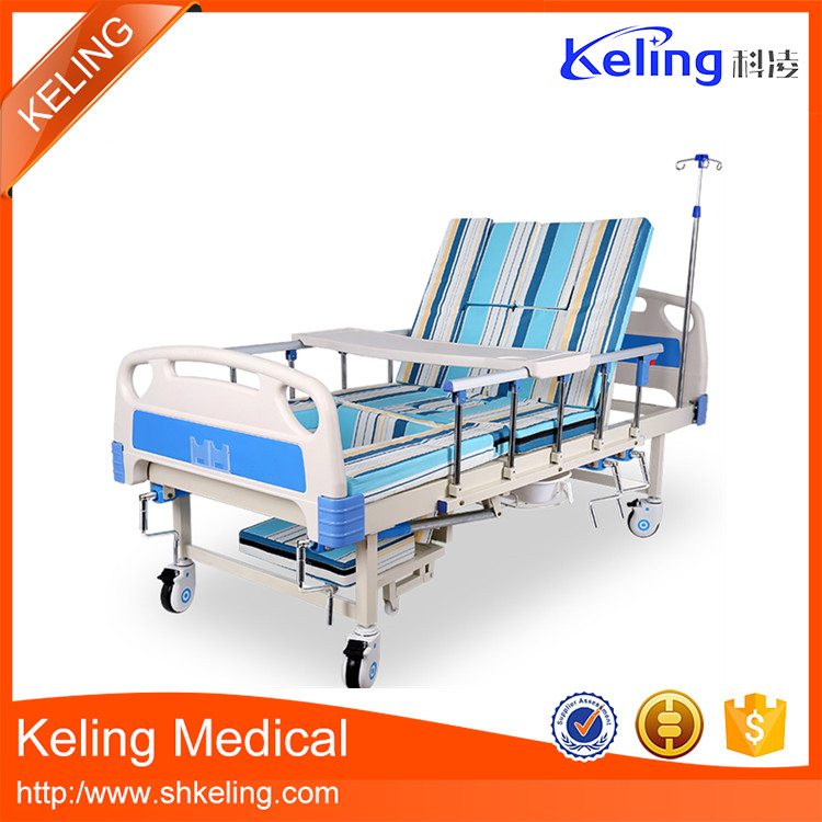 High quality long duration time 2 cranks manual hospital equipment bed from China famous supplier