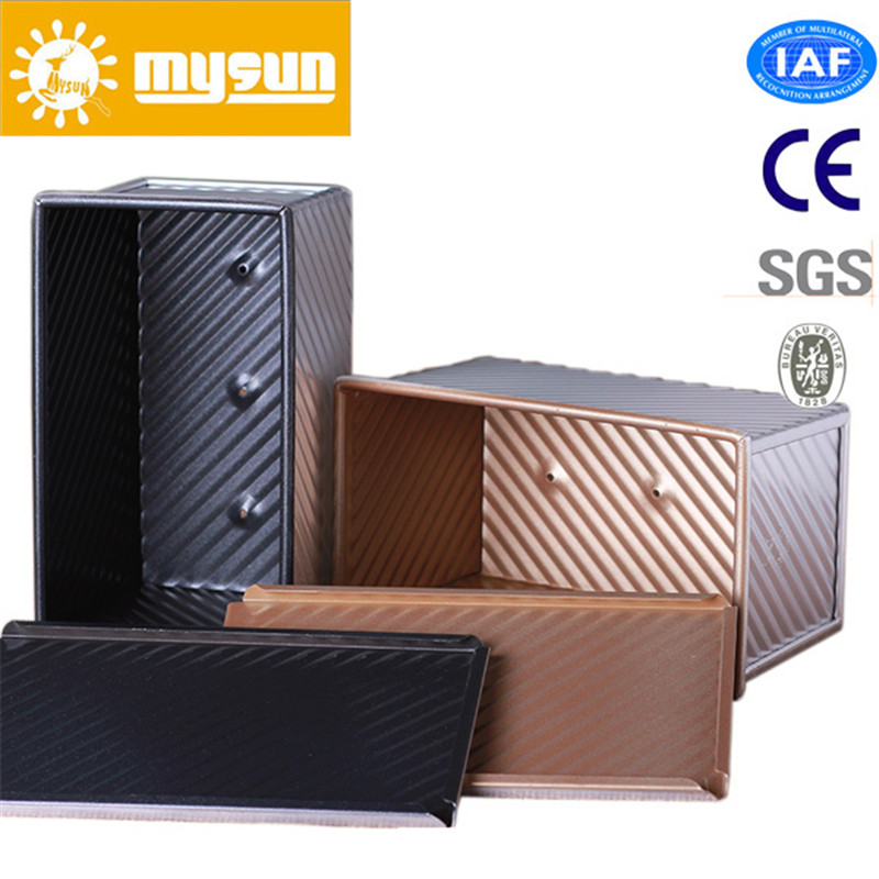 Customized Wavy Type Aluminum Alloy Perforating Teflon Coating None Stick Toast Box with Cover