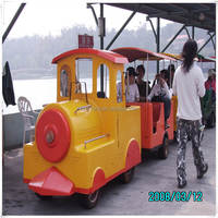 Hot!!! Best selling amusement park fire engine electric train/amusement park trackless trains for sale