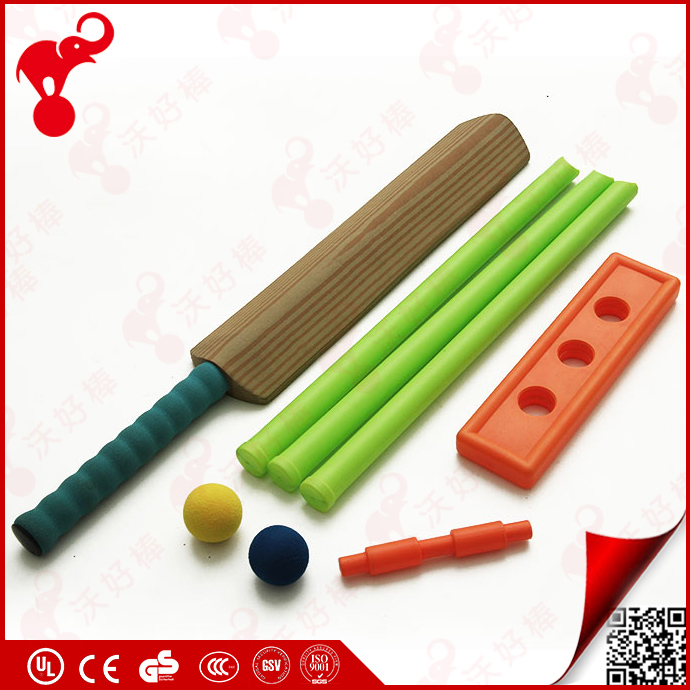 China OEM factory EVA cricket child toy plate plastic cricket bat and ball