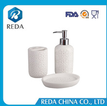 Top sale new type clear bathroom accessories/resin bathroom accessories/hotel bathroom accessories set