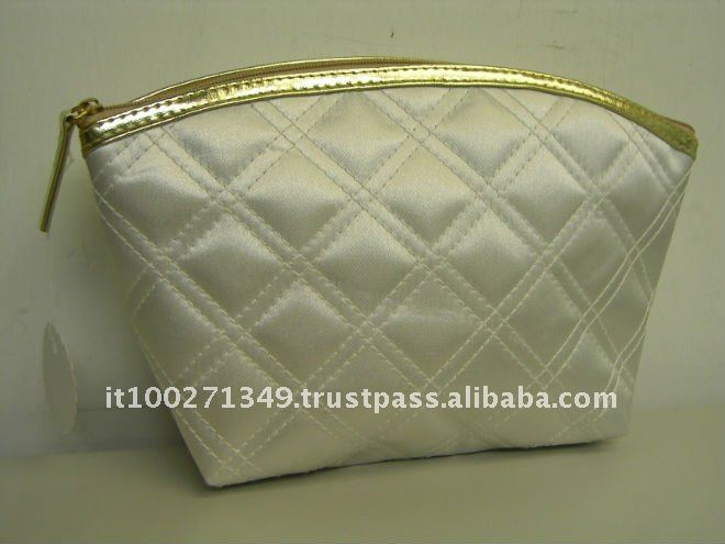 art. CB-LV1079 Cheap Cream PU Cosmetic Custom Bags