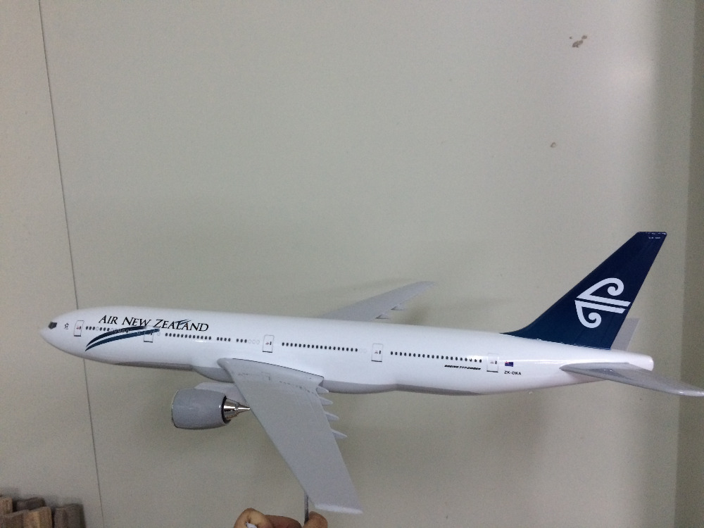 private aircraft/customized Air New Zealand airline B777 aircraft plane model