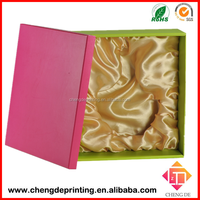 2015 new luxury packaging box unique design gift wine box brown kraft paper box with satin ribbon packaging