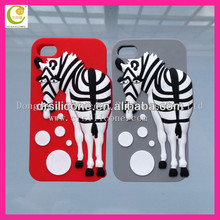 3D Bear Pattern Silicone Back Case for iPhone 4 / 4S