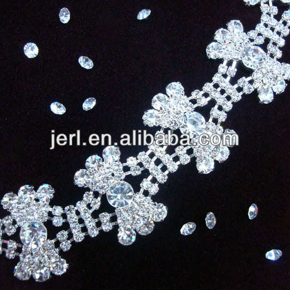 Fancy Bow rhinestone chain with 888 crystal stones
