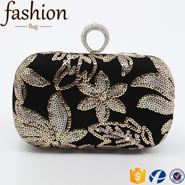 CR Quality warranty sewn sequin surface shining flower diamonds inlaid ring handle envelope shape new noble clutch bag hard case