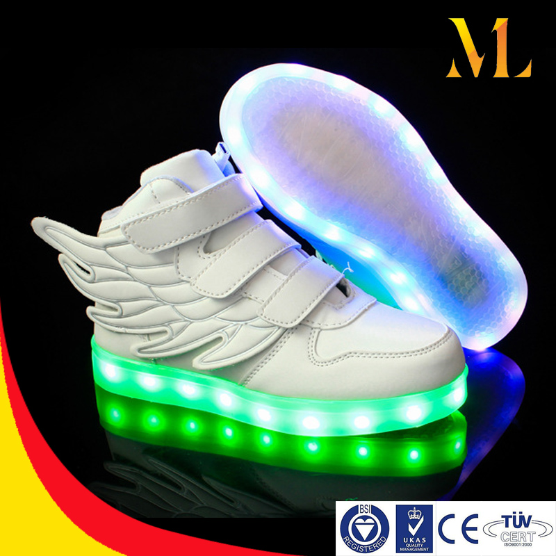 Cool helloween shoes Children shoes with wings USB charging led colorful children lighting shoes