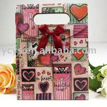 new design good looking colorful paper gift bag ,customized printed paper gift bag