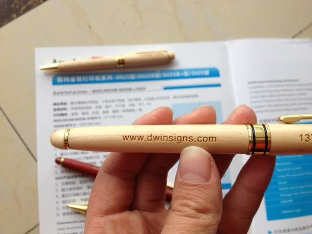 01 white wood Roller pen