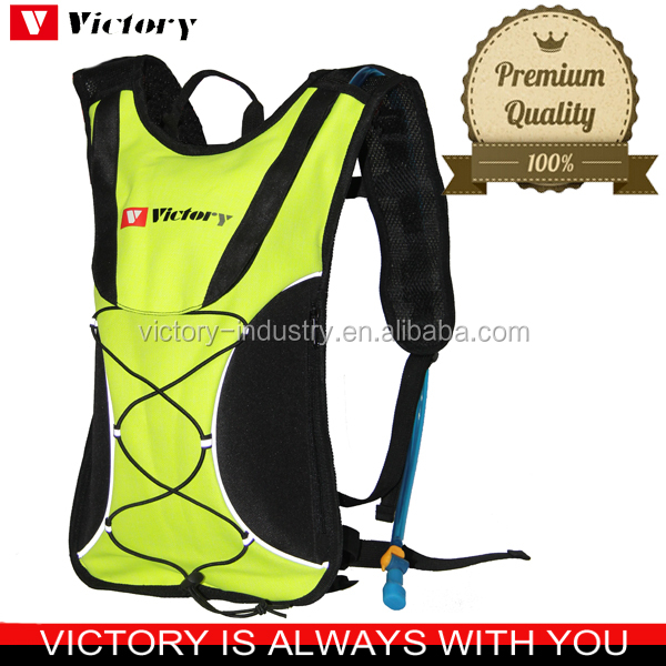 Wholesale outdoors holographic hydration pack backpack