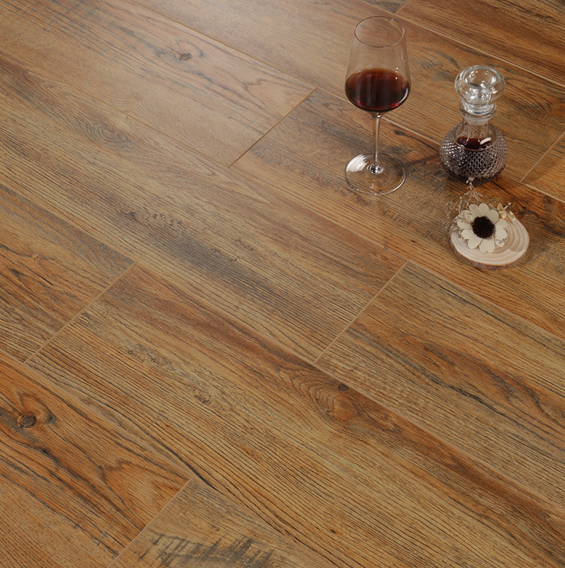 BBL Good Quality HDF European Oak Engineered Wooden Flooring