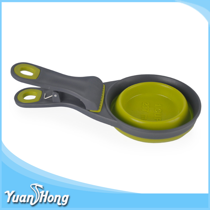 customized clip-on design 237ml measure silicone foldable feeding pet bowl