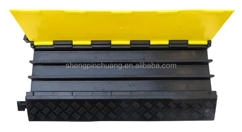 three Channel rubber cable speed hump