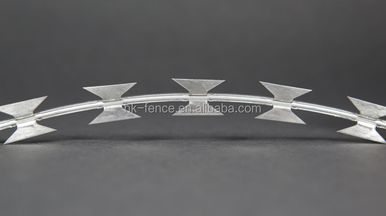 hot dipped galvanized BTO-10 military concertina blade razor barbed wire