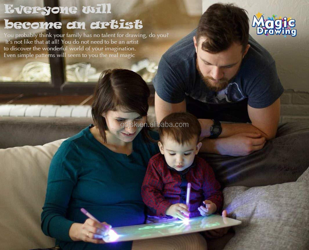 A4 low price magic drawing board educational toys glow in the dark pad super thin portable luminescent drawing board