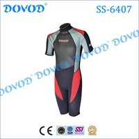 Fashionable and comfortable short sleeve neoprene surfing suit