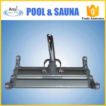 Aluminum vacuum head for swimming pool cleaner