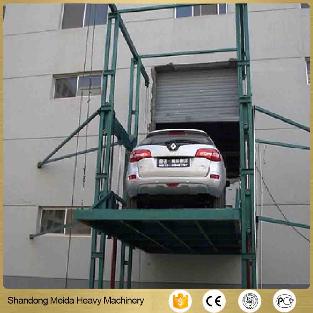 Track traveling type platform lift Electric cargo lift price