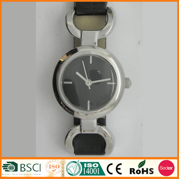Long Leather Strap Women Fashion Hand Watch With Good Service