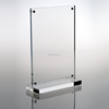 /product-detail/transparent-standard-table-display-stand-clear-acrylic-picture-photo-frame-with-magnet-60156099107.html