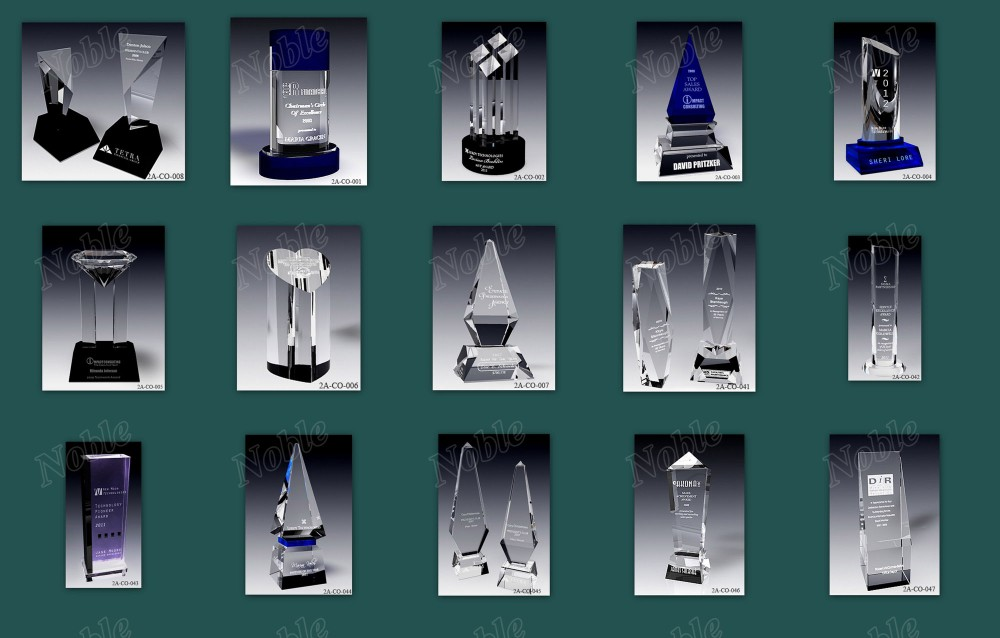 Crystal Gifts Crystal Diamond Award Paperweight