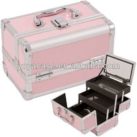 Mirrored Aluminum Cosmetic Makeup Train Case