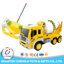1:16 scale model B/O plastic vacuum truck toy with low price